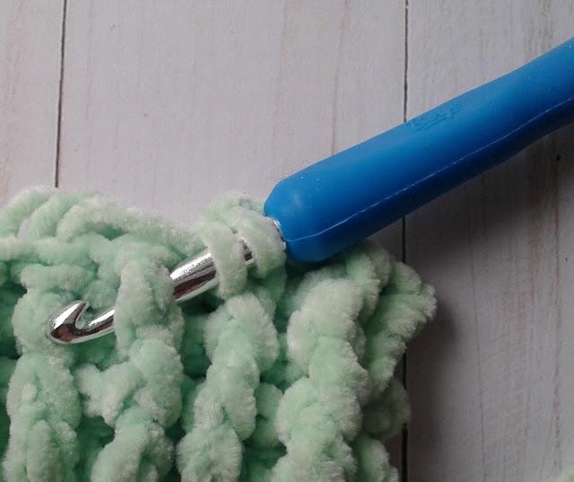 front post double crochet