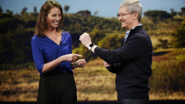 Tim-Cook-Christy-Turlington