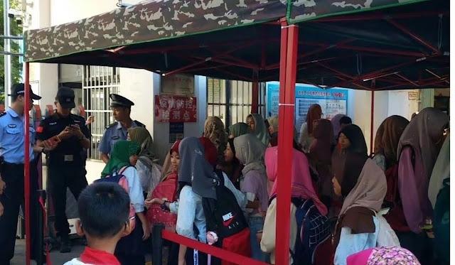 Setelah Muslim Uighur, China Mulai Tekan Muslim Utsul di Hainan, Larang Penggunaan Jilbab