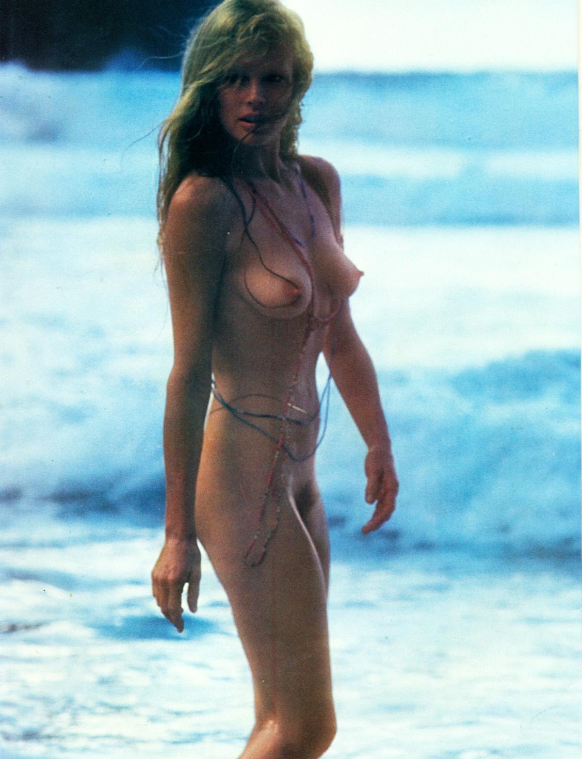 Kim Basinger Nackt