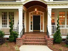 Desain Tangga Depan Rumah Klasik