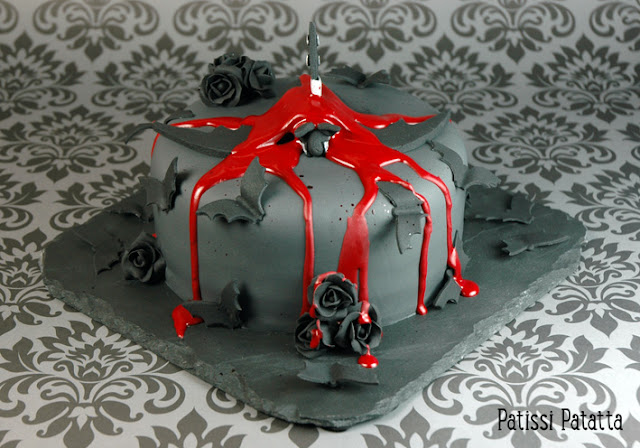 recette de gâteau halloween, gâteau chauve-souris, cake design, gâteau rigolo, gâteau 3D, bat cake, halloween cake, pâte à sucre, gumpaste, gâteau gothique, gothic cake, gothic food,