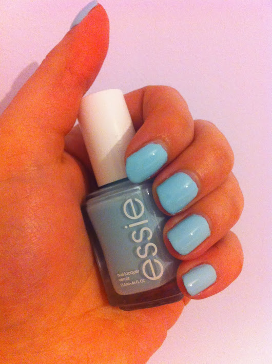 NOTD: Mint Candy Apple by Essie.