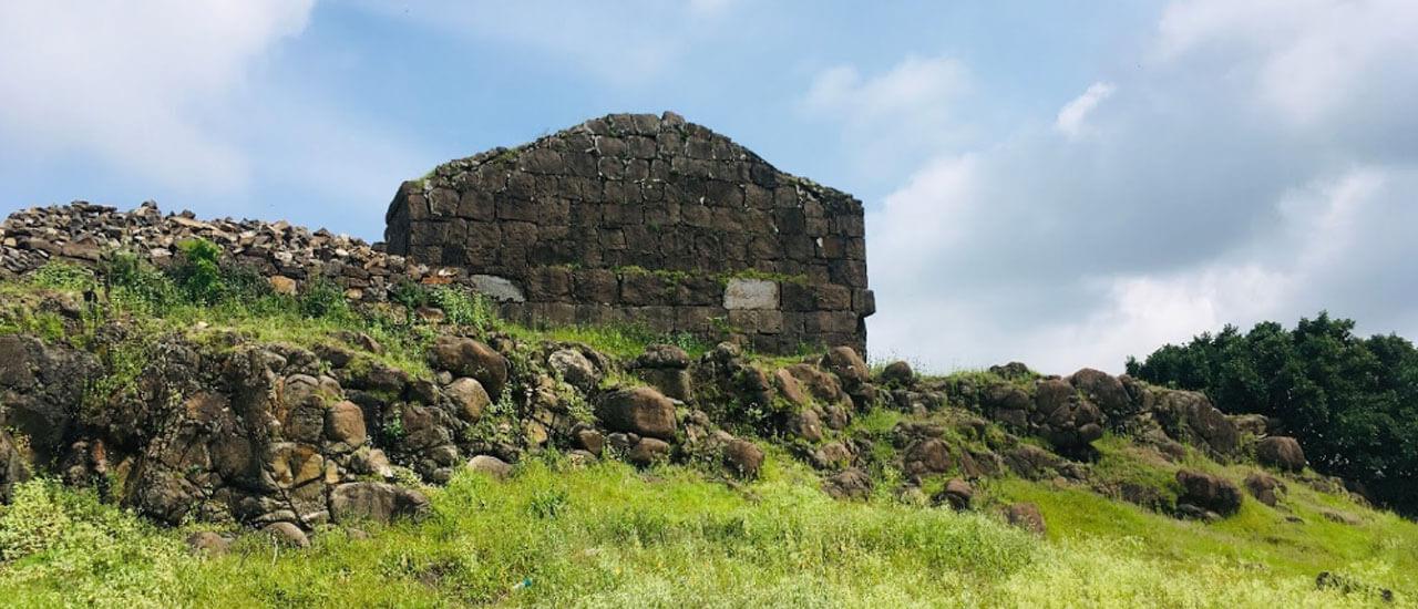 संतोषगड किल्ला - Santoshgad Fort