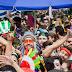 Blocos, marchinhas, trio elétrico e bois pintadinhos neste sábado de carnaval