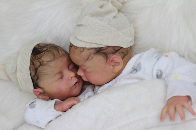 Adoptar bebé reborn