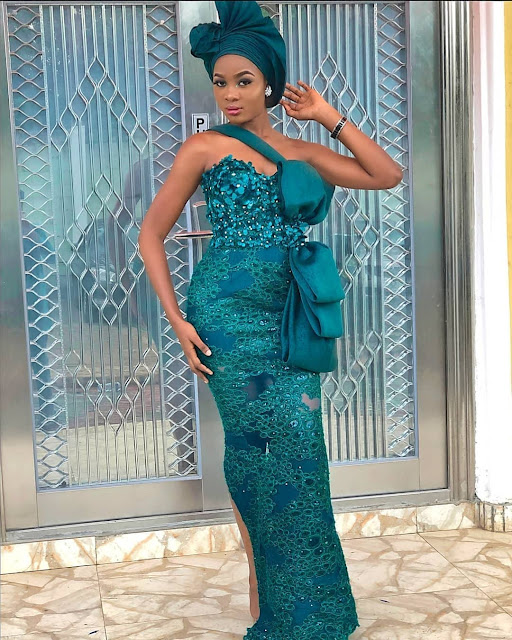 2019 African Fashion: Gorgeous Looking Asoebi Styles