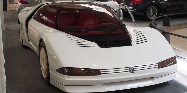 طراز Peugeot Quasar