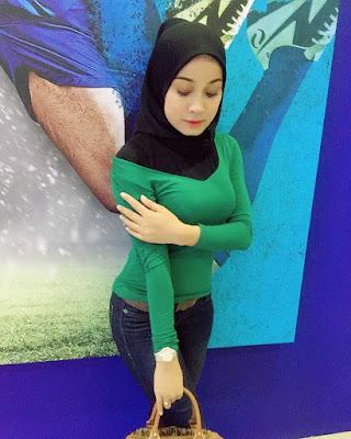 Baju kaos ketat waran hijau julana jilbab online
