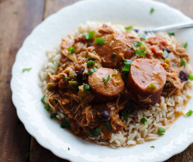Slow Cooker Creole Chicken and Sausage #dinner #recipes