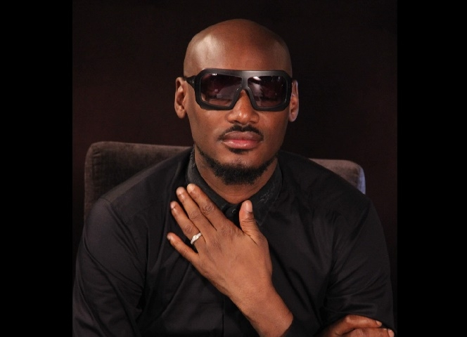 Nigerians attack 2Face Idibia for endorsing post condemning the