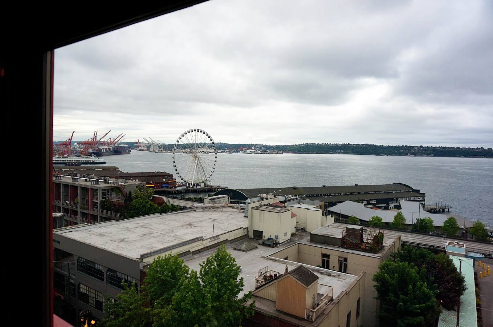 seattle view from lowell's restaurant at pike's place