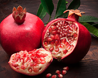 pomegranate-for-sagging-breast