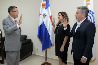 Ministerio de Interior y Policía juramenta como dominicano al artista Ricardo Montaner