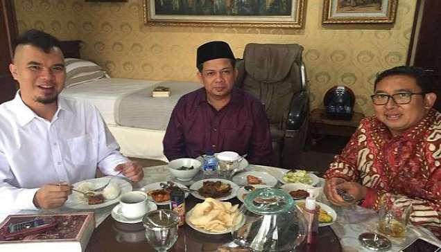 Ahmad Dhani Ancam Melawan Bila Jadi Tersangka Hina Presiden