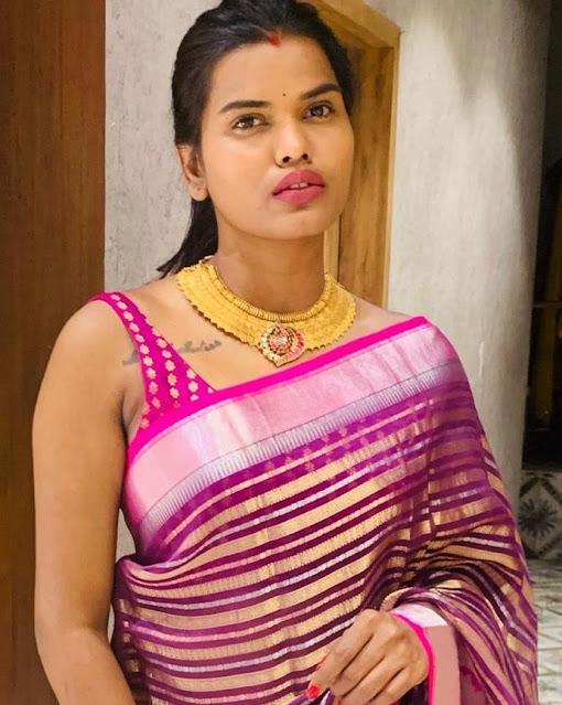 Shashi Vangapally Kasu Necklace
