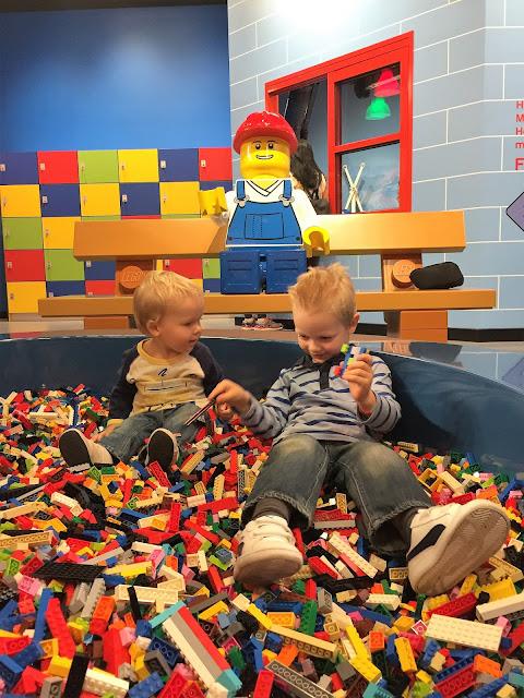 kids in Legoland