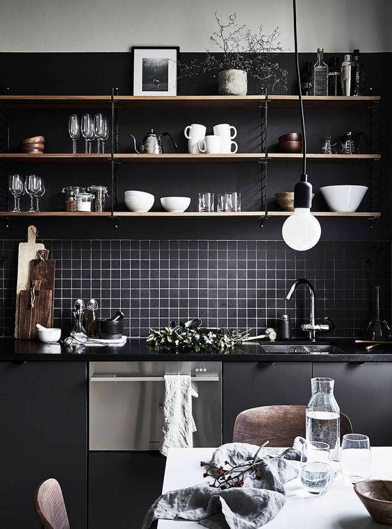 decoration cuisine noir etagere blog