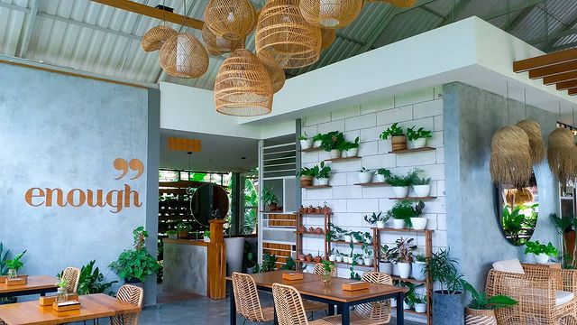 interior pengilon cafe jogja