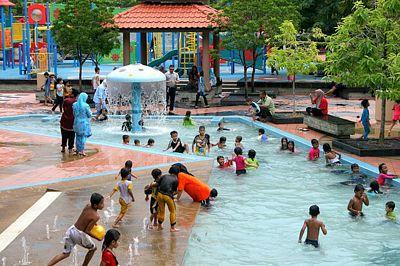 Tempat mandi di putrajaya