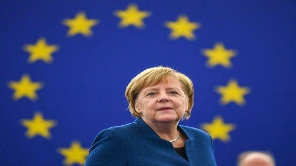 Canciller de Alemania apoya la creación de un ejército europeo