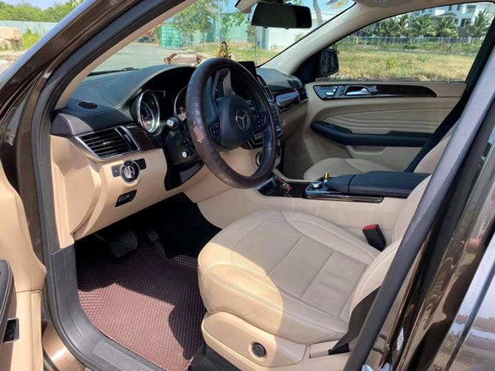 Mercedes GLE 400 Coupe 'lỗ' 2,5 tỉ đồng sau 4 năm sử dụng