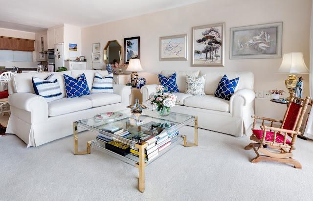 Decorar el salón con sofás