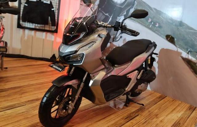 Rookie Of The year 2020 ala Otomotif Honda ADV150