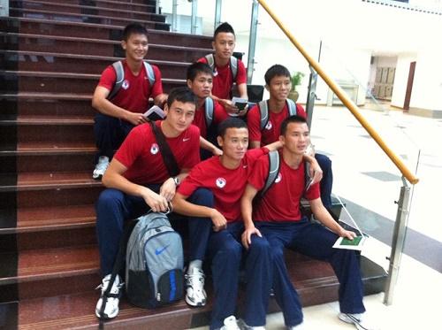 Văn Lâm cùng với các đồng đội