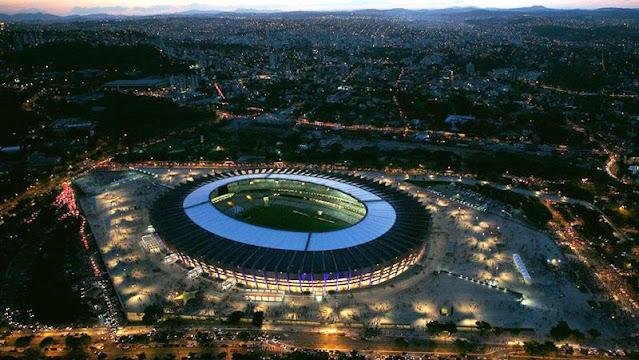 A foto mostra a arena do Mineirão em BH onde será o jogo de vida ou morte para o Brasil ou a Alemanha.