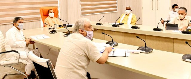 मुख्यमंत्री योगी ने प्रदेश में अब तक कोविड-19 के 50 लाख 80 हजार से अधिक टेस्ट किए जाने पर संतोष व्यक्त करते हुए, मेडिकल टेस्टिंग के कार्य को पूरी तेजी से संचालित करने के निर्देश दिए