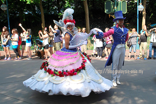 Prince and Princess Hong Kong Disneyland Parade