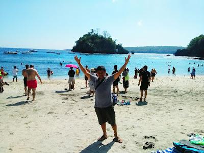 Nyoman Pasek Crystal Bay Nusa Penida