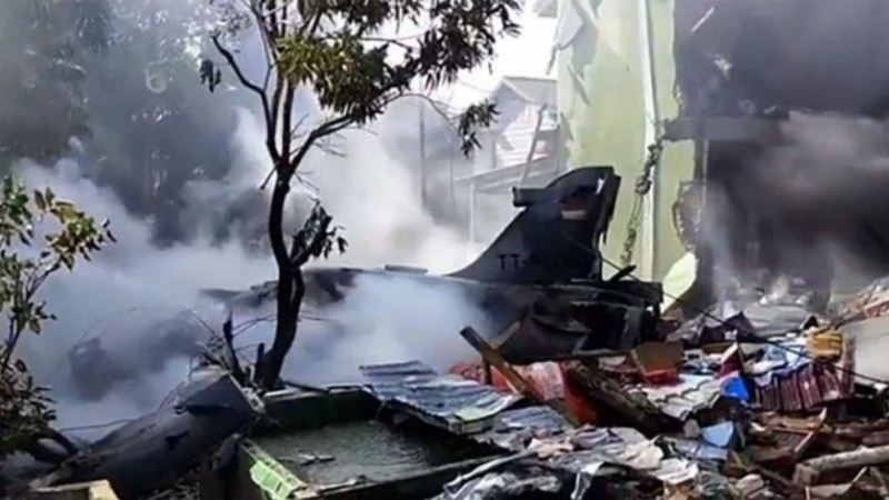 Hawk 200 TNI AU yang jatuh di Pekanbaru