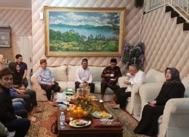 Satu Jam Ustaz Abdul Somad Bertamu di Rumah Din Syamsuddin, Bahas Pilpres?