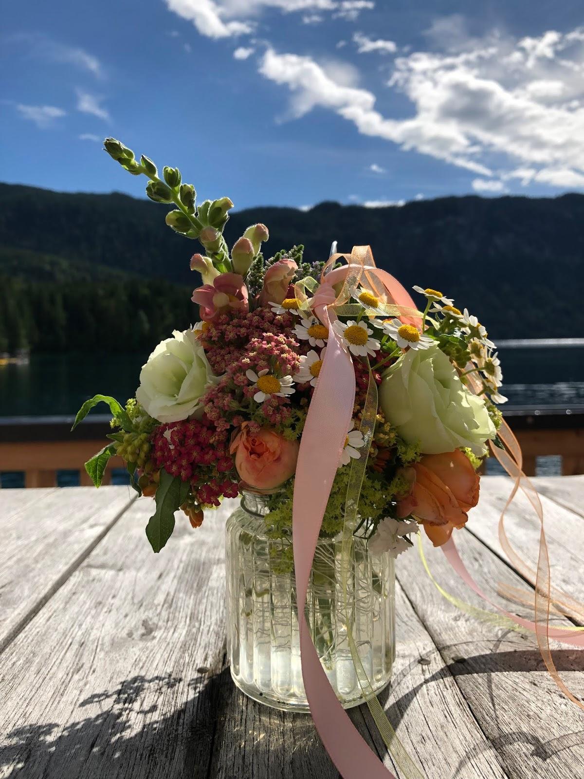 Hochzeit am See, Berghochzeit, mountain wedding, destination wedding Germany, heiraten in Bayern, Eibsee, Grainau, Zugspitze, Hochzeitsplanerin Uschi Glas, wedding in Bavaria, Sommerhochzeit 2019