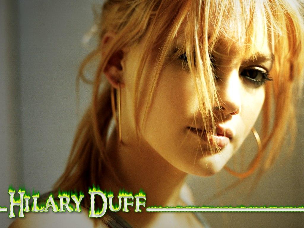 Hilary Duff - Love Just Is Tlumaczenie  6K Pics-4332