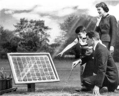 panel surya dengan tingkat efisiensi 6%.