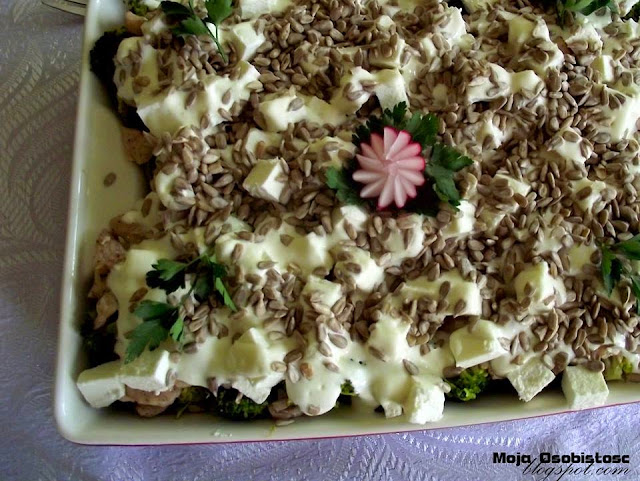 sałatka z brokułami