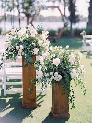 ceremony aisle flower decor