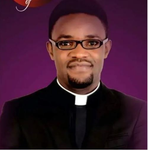 """""""I Don't Understand Why Women Come For An Event Half Naked"""" – Nigerian Catholic Priest"""
