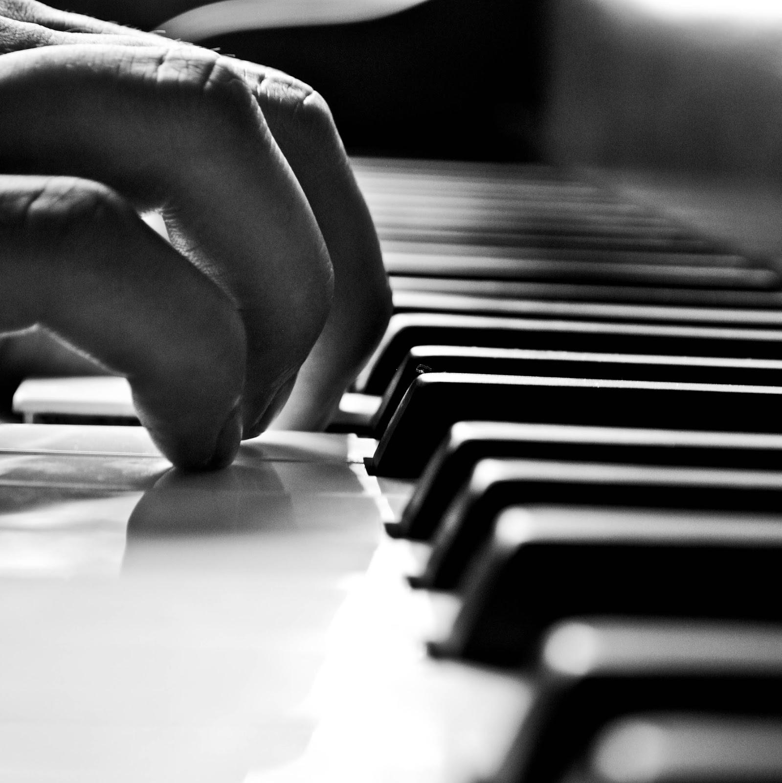 billy joel playing piano - photo #31