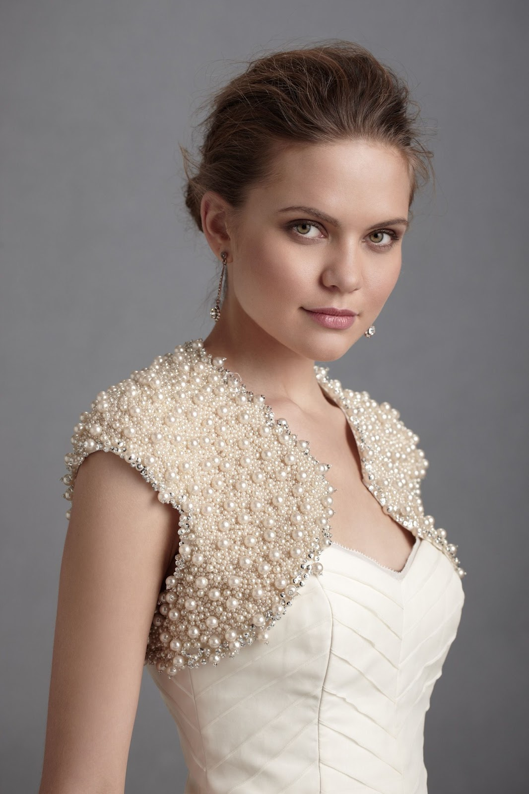 Bolero+Jacket+with+Pearls+for+Wedding+Dress