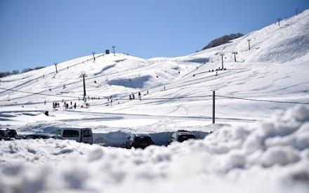 Ο καιρός «δεν έκανε το χατίρι» στα χιονοδρομικά κέντρα