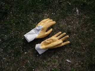 guantes de jardín