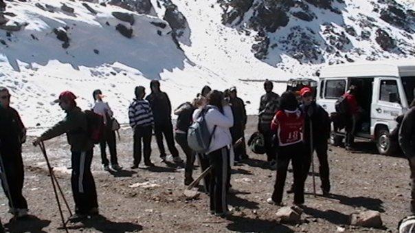Turistas en plena Montaña