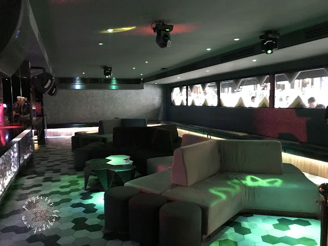 club-interior-couch