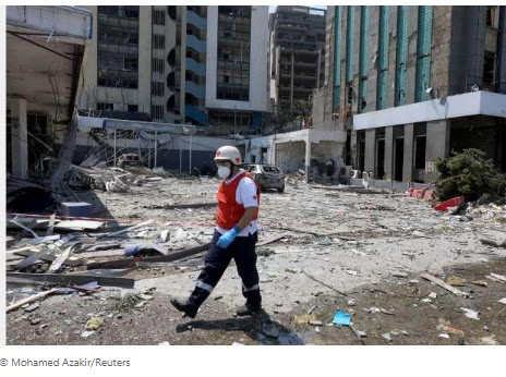 Rescuers search for survivors after lethal Beirut 'ammonium nitrate blast'