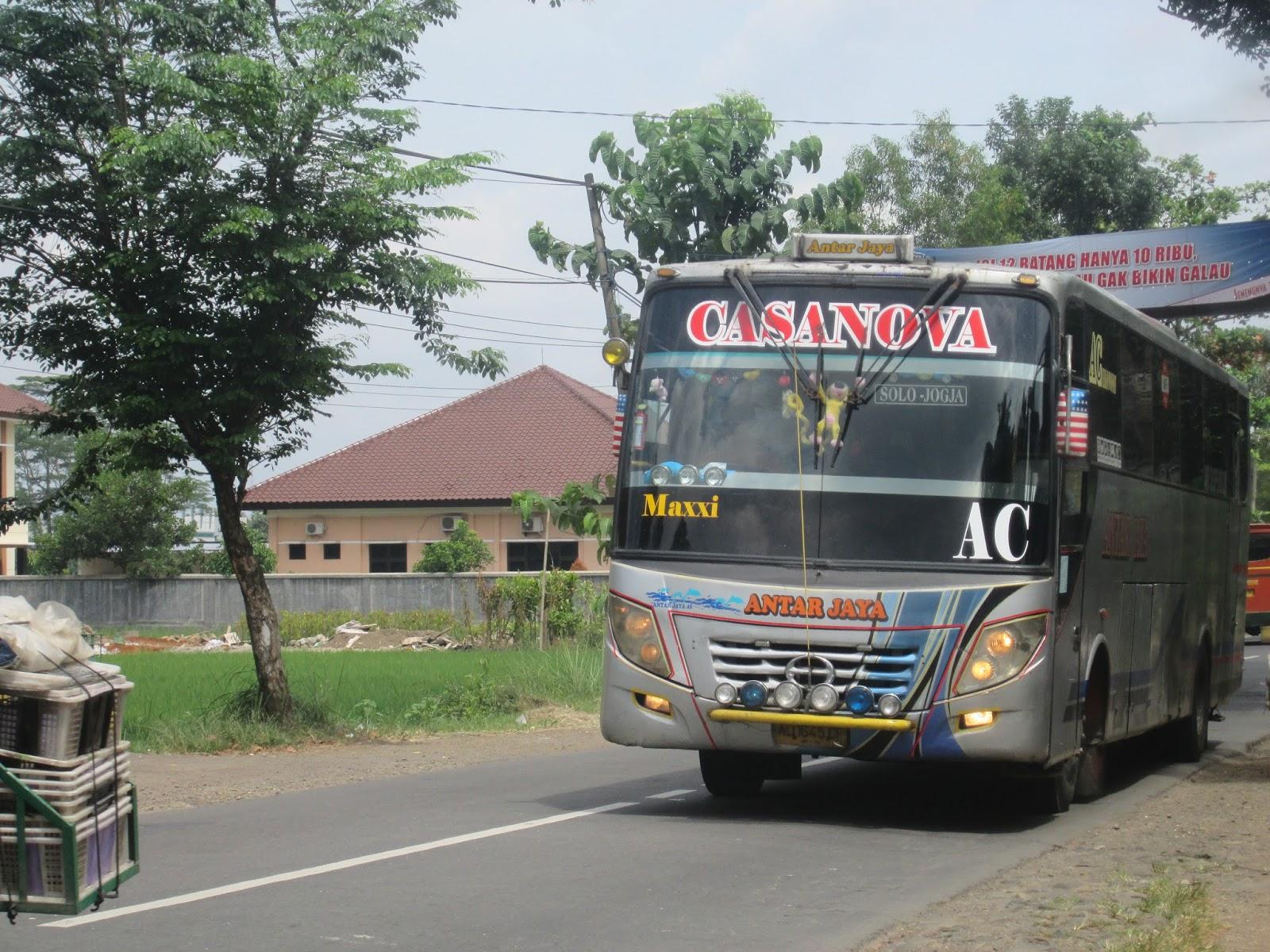 premium selection e22b9 81c69 Download foto bus rosalia indah