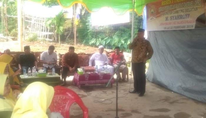 Komisi B DPRD Dari Fraksi Partai Golkar M.Syahroni ME, Gelar Reses Di Desa Cugung Dapil 1, Kec.Rajabasa